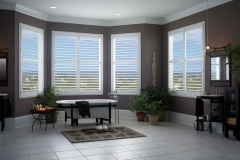Eclipse™ Shutters - Bath 1